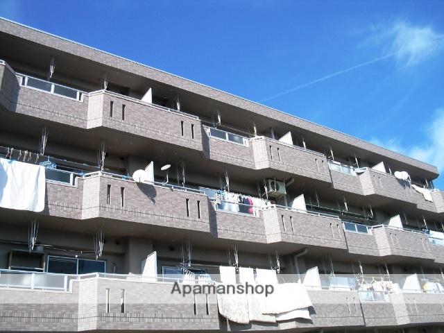 愛知県名古屋市名東区、上社駅徒歩20分の築20年 5階建の賃貸マンション