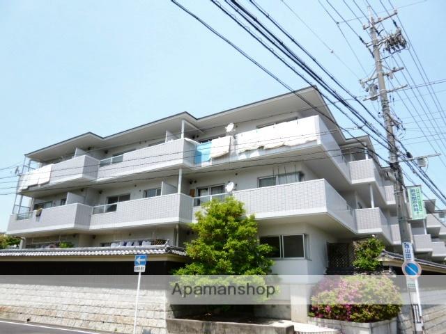 愛知県名古屋市名東区、星ヶ丘駅徒歩17分の築28年 3階建の賃貸マンション