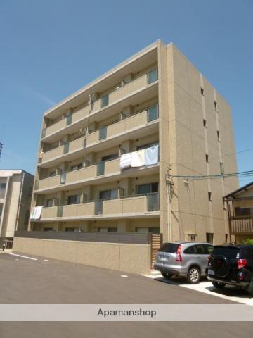 愛知県名古屋市名東区、上社駅徒歩10分の築4年 5階建の賃貸マンション