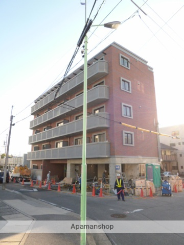 愛知県名古屋市名東区、上社駅徒歩22分の築3年 5階建の賃貸マンション