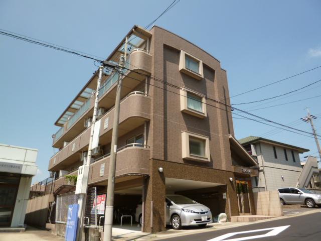 愛知県名古屋市名東区、上社駅徒歩15分の築14年 3階建の賃貸マンション