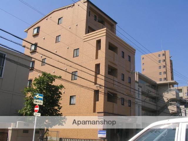 愛知県名古屋市千種区、本山駅徒歩6分の築16年 6階建の賃貸マンション