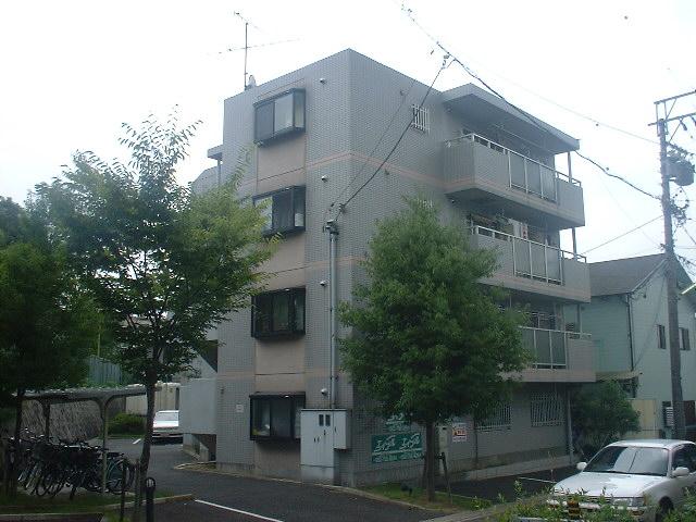 愛知県名古屋市千種区、本山駅徒歩14分の築24年 4階建の賃貸マンション