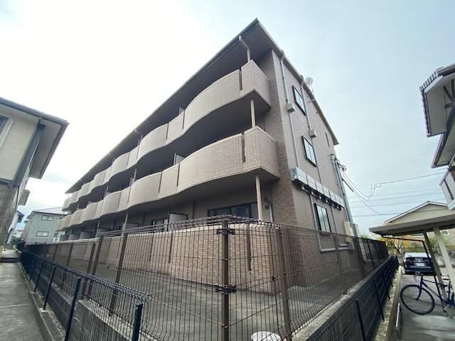 愛知県豊田市、豊田市駅徒歩29分の築9年 3階建の賃貸マンション