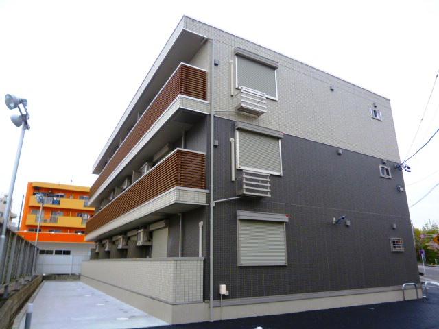 愛知県豊田市、豊田市駅徒歩8分の築1年 3階建の賃貸アパート