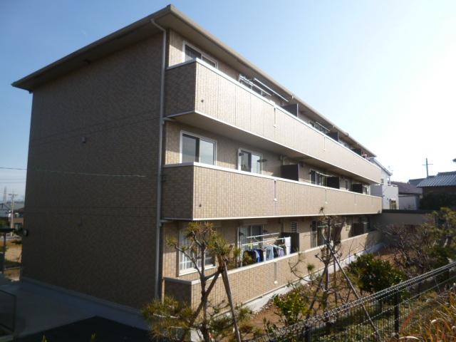 愛知県豊田市、新豊田駅徒歩39分の築8年 3階建の賃貸アパート
