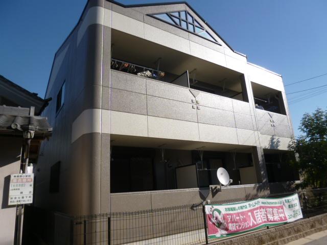 愛知県豊田市、三河上郷駅徒歩16分の築12年 2階建の賃貸アパート
