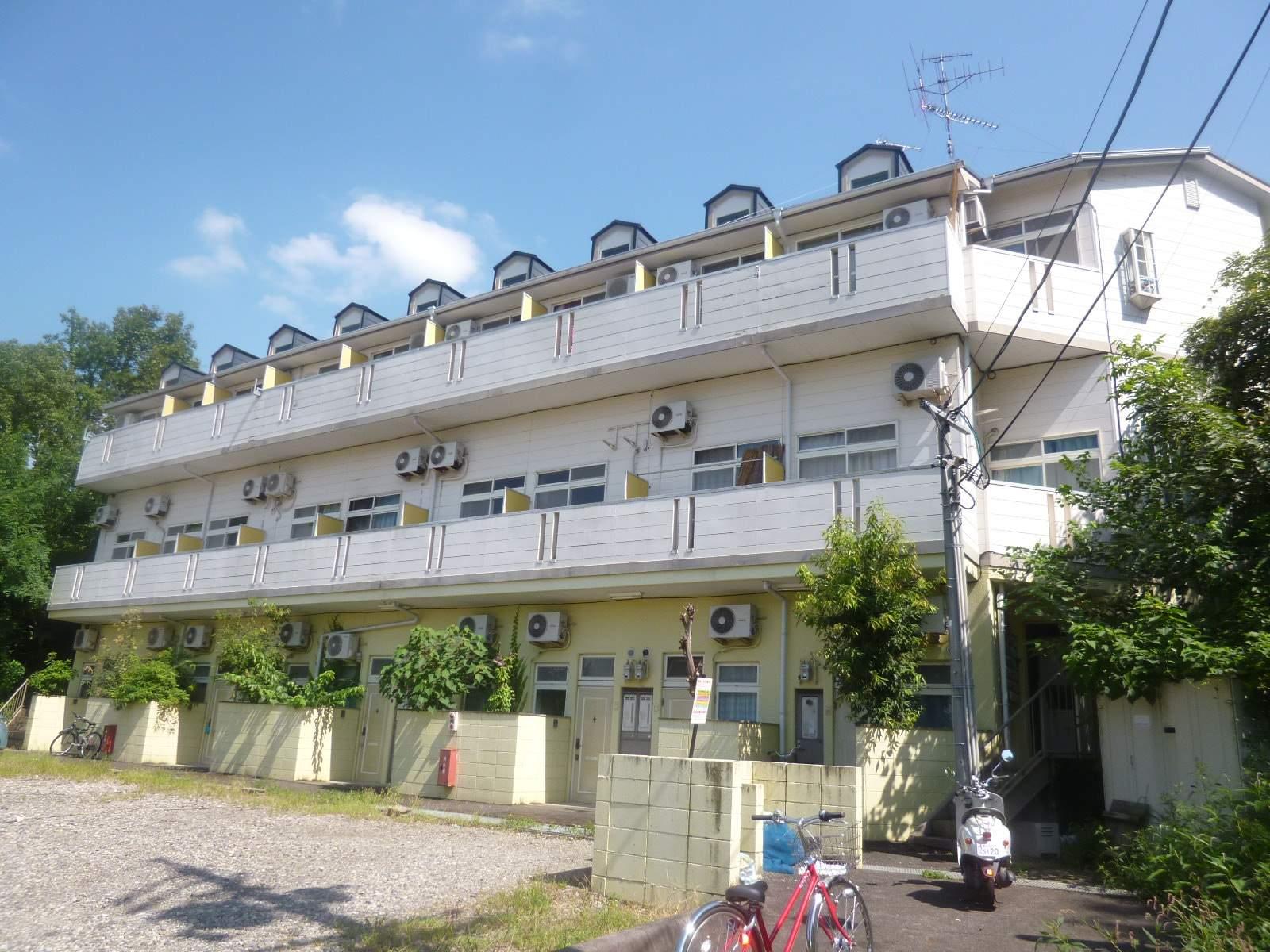 愛知県春日井市、高蔵寺駅徒歩62分の築25年 3階建の賃貸アパート