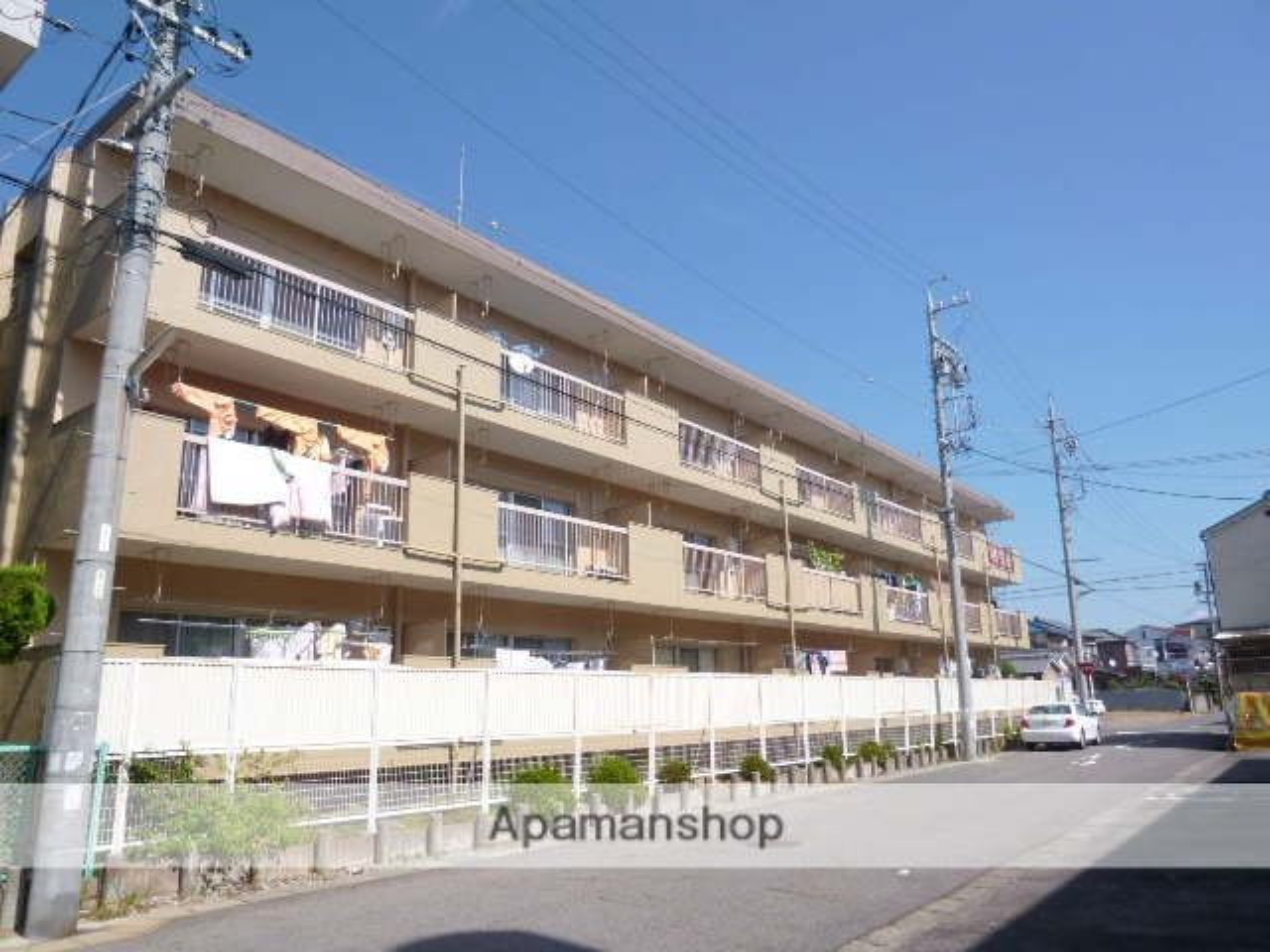 愛知県春日井市、春日井駅徒歩10分の築40年 3階建の賃貸マンション