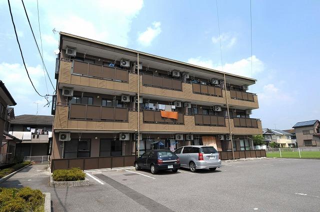 愛知県岡崎市、北野桝塚駅徒歩9分の築18年 3階建の賃貸マンション