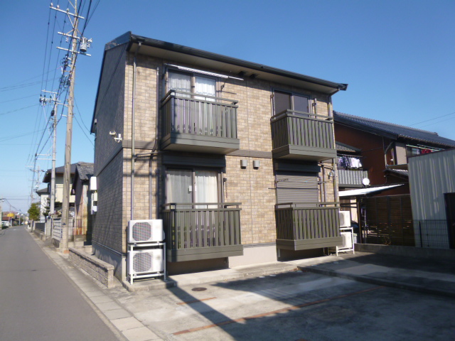 愛知県一宮市、萩原駅Iバスバス37分西五城下車後徒歩3分の築11年 2階建の賃貸アパート