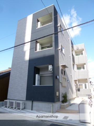 愛知県名古屋市北区、平安通駅徒歩8分の築3年 3階建の賃貸アパート