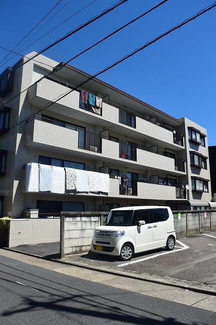 愛知県名古屋市北区、清水駅徒歩9分の築30年 4階建の賃貸マンション