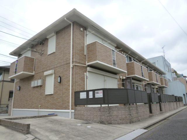 愛知県名古屋市北区、大曽根駅徒歩10分の築9年 2階建の賃貸テラスハウス