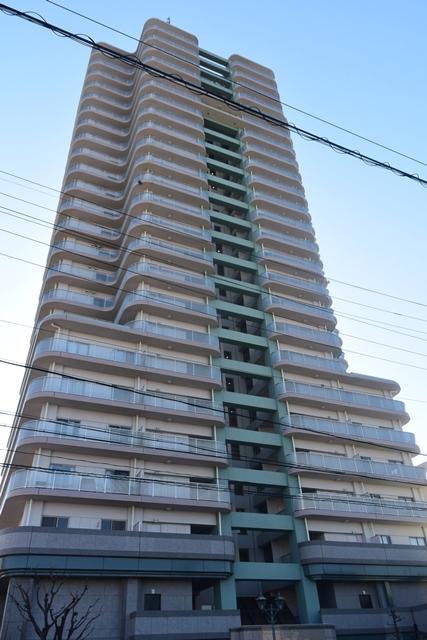 愛知県名古屋市北区、平安通駅徒歩14分の築24年 25階建の賃貸マンション