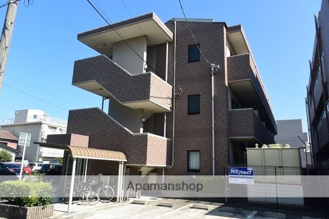 愛知県名古屋市北区、志賀本通駅徒歩11分の築17年 3階建の賃貸マンション