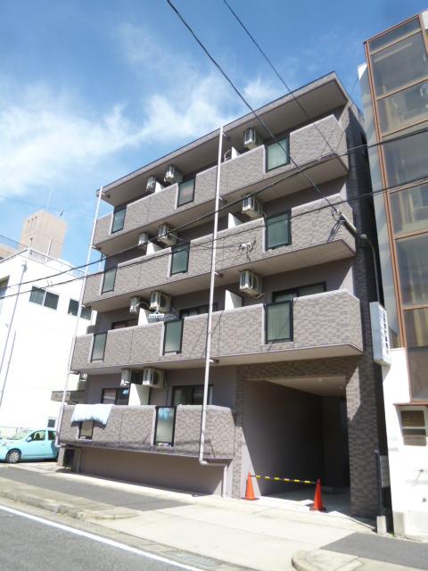 愛知県名古屋市北区、ナゴヤドーム前矢田駅徒歩11分の築17年 4階建の賃貸マンション