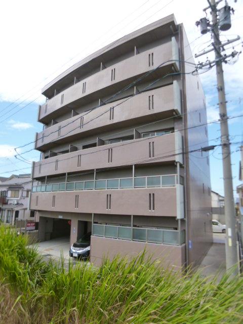 愛知県名古屋市北区、味鋺駅徒歩21分の築11年 5階建の賃貸マンション