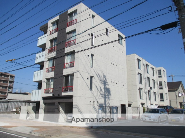 愛知県名古屋市中村区、中村日赤駅徒歩6分の築3年 5階建の賃貸マンション