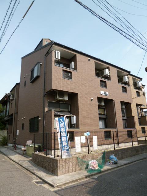 愛知県名古屋市中村区、中村日赤駅徒歩10分の築11年 2階建の賃貸アパート