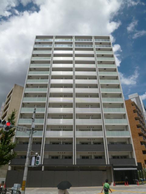 愛知県名古屋市中区、伏見駅徒歩13分の築4年 15階建の賃貸マンション