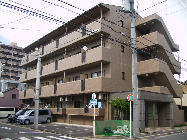 愛知県名古屋市中村区、栄生駅徒歩12分の築17年 4階建の賃貸マンション