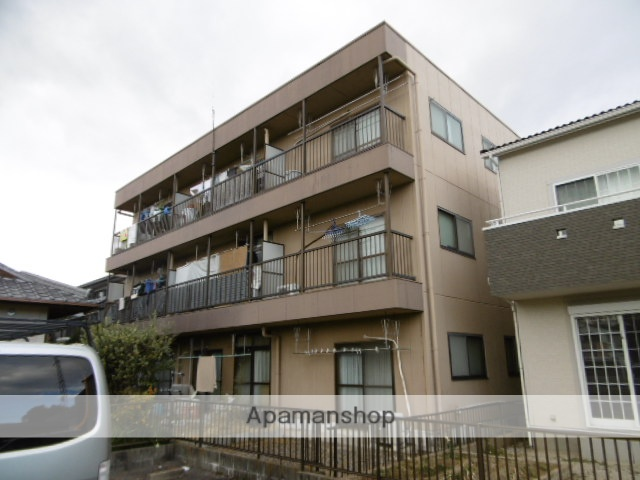 愛知県春日井市、勝川駅徒歩13分の築24年 3階建の賃貸アパート