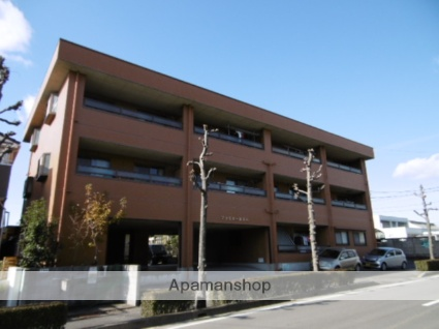愛知県春日井市、勝川駅徒歩18分の築21年 3階建の賃貸マンション