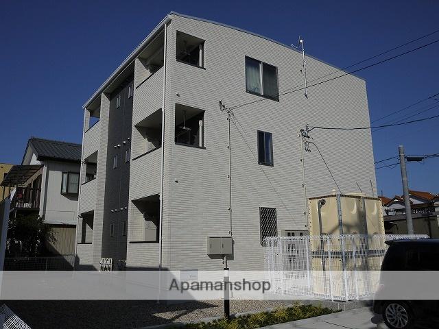 愛知県春日井市、勝川駅徒歩17分の築4年 3階建の賃貸アパート