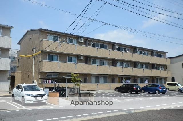 愛知県安城市、安城駅徒歩18分の築8年 3階建の賃貸アパート