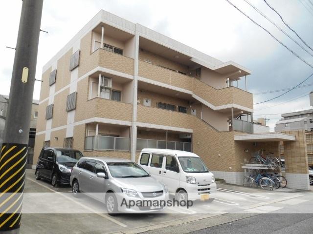愛知県名古屋市天白区、塩釜口駅徒歩15分の築11年 3階建の賃貸マンション