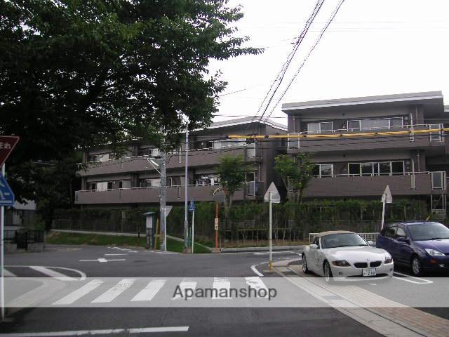 愛知県名古屋市天白区、八事駅徒歩8分の築10年 3階建の賃貸マンション