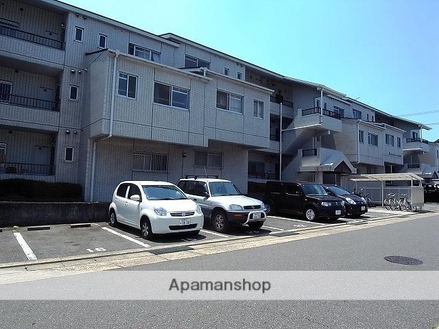 愛知県名古屋市緑区、神沢駅徒歩7分の築28年 3階建の賃貸マンション