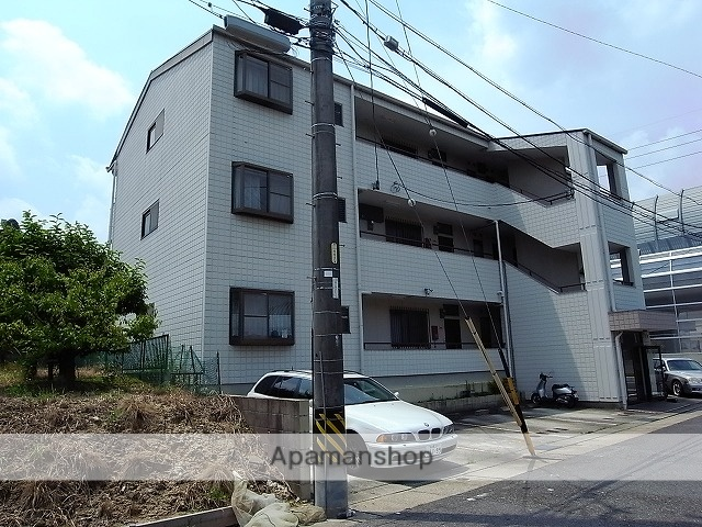愛知県名古屋市天白区、平針駅徒歩16分の築27年 3階建の賃貸マンション