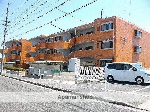 愛知県名古屋市天白区、植田駅徒歩18分の築27年 3階建の賃貸マンション