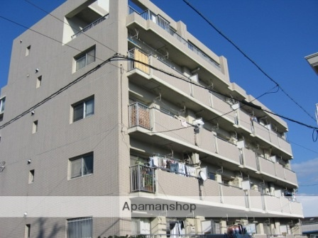 愛知県名古屋市緑区、鳴海駅徒歩11分の築29年 5階建の賃貸マンション