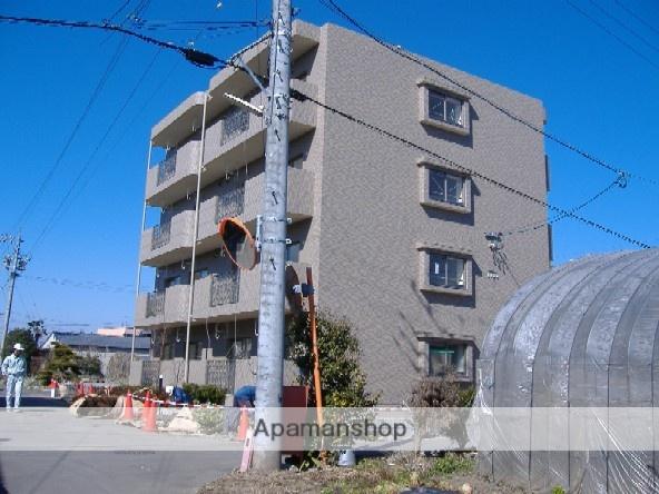 岐阜県各務原市、新鵜沼駅徒歩22分の築10年 4階建の賃貸マンション