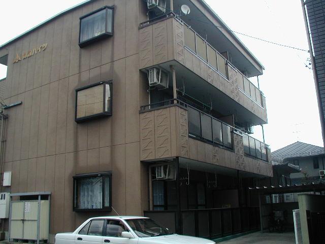 愛知県犬山市、犬山口駅徒歩13分の築22年 3階建の賃貸マンション