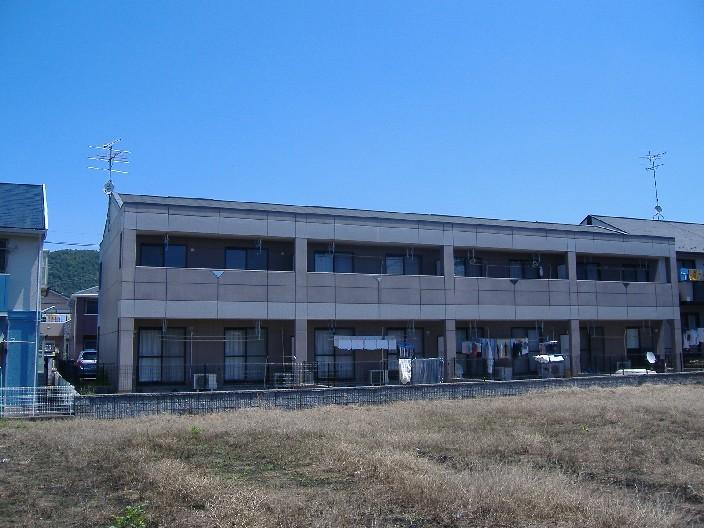 岐阜県各務原市、鵜沼宿駅徒歩19分の築14年 2階建の賃貸アパート