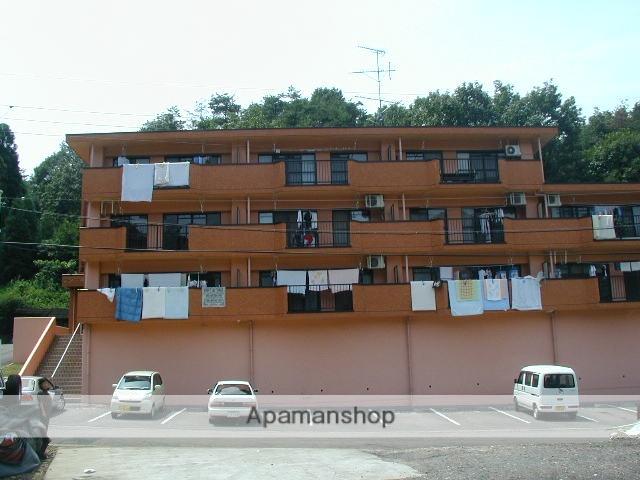 岐阜県各務原市、鵜沼駅徒歩22分の築22年 3階建の賃貸アパート