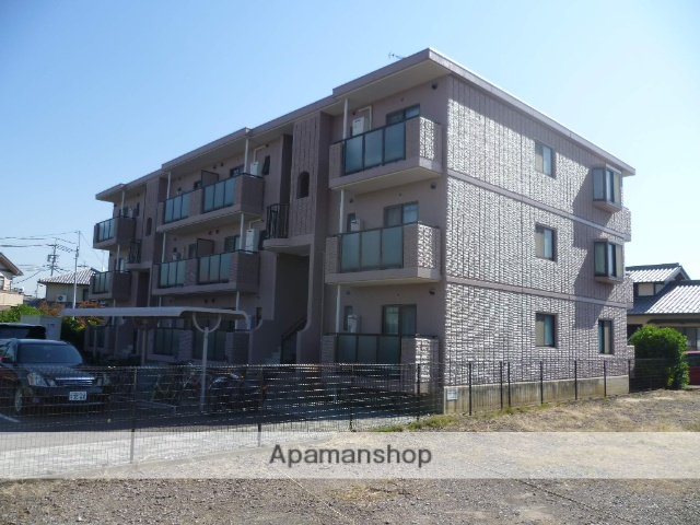 愛知県丹羽郡大口町、柏森駅徒歩10分の築19年 3階建の賃貸マンション