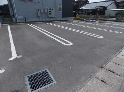 アンジュ ルミエール[2LDK/57.21m2]の駐車場