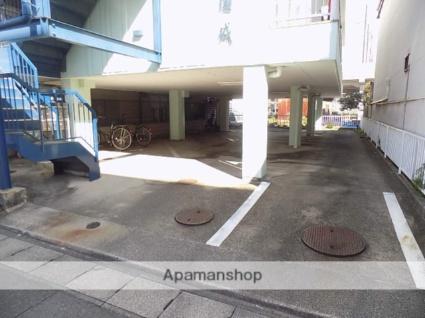 コーポ園城[2K/25m2]の駐車場