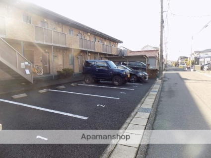 グリーンシードA棟[1LDK/47.85m2]の駐車場