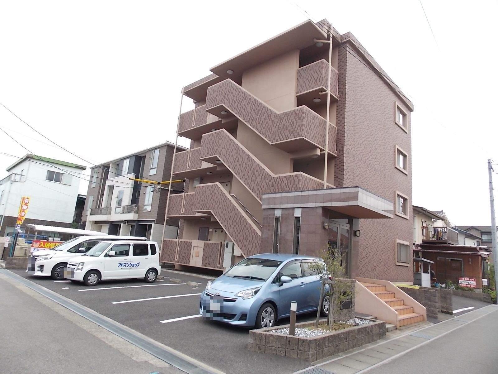 愛知県北名古屋市、西春駅徒歩4分の築10年 4階建の賃貸マンション