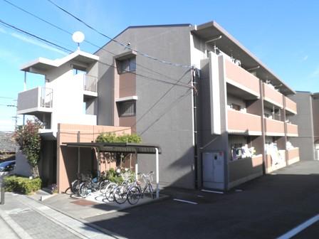 愛知県名古屋市緑区、野並駅徒歩4分の築14年 3階建の賃貸マンション