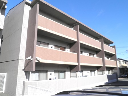 愛知県名古屋市緑区、鶴里駅徒歩20分の築13年 3階建の賃貸マンション