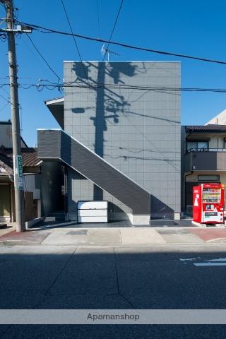 愛知県名古屋市瑞穂区、堀田駅徒歩7分の築2年 2階建の賃貸アパート