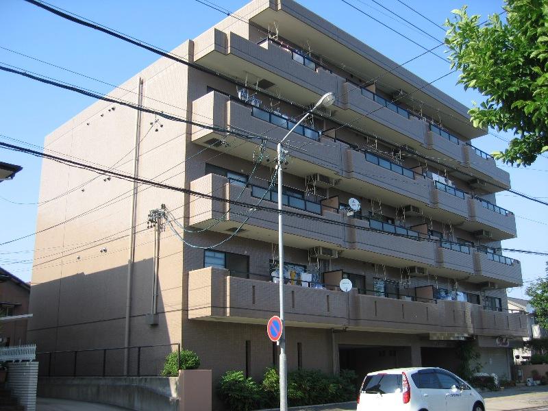愛知県名古屋市瑞穂区、桜山駅徒歩5分の築22年 5階建の賃貸マンション