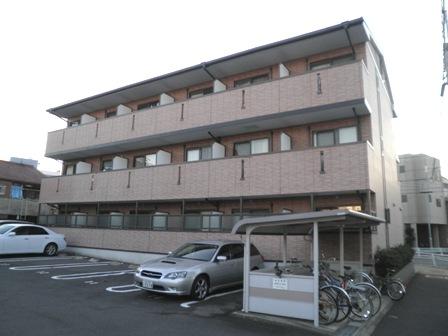 愛知県名古屋市南区、豊田本町駅徒歩20分の築13年 3階建の賃貸マンション
